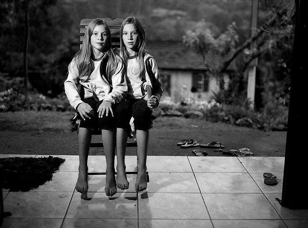 Twins - Duo Morality-e46.jpg