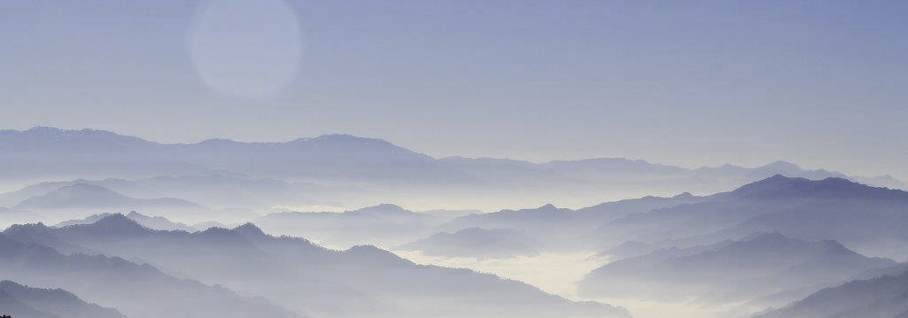 mountains-863048_1920.jpg