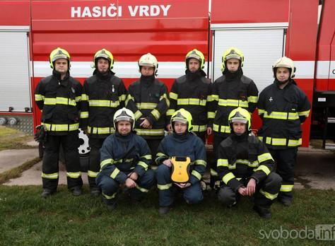 Defibrilátor pro hasiče z Vrdů