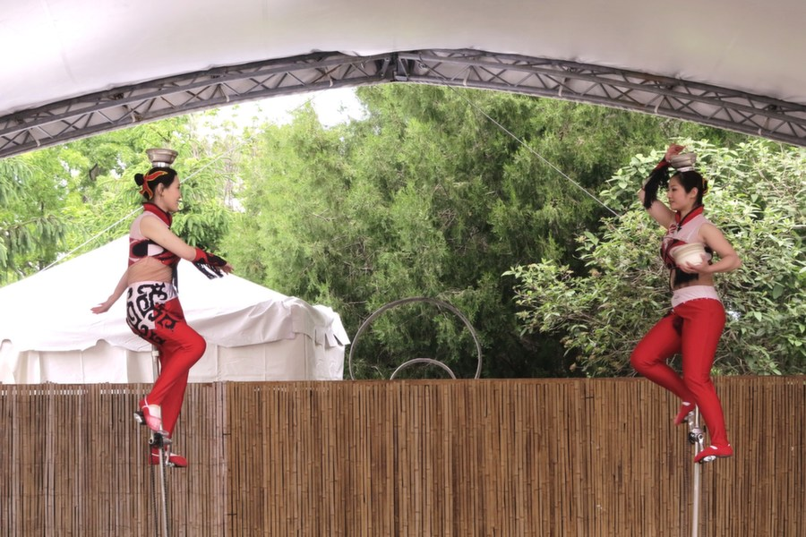 acrobat_10.jpg