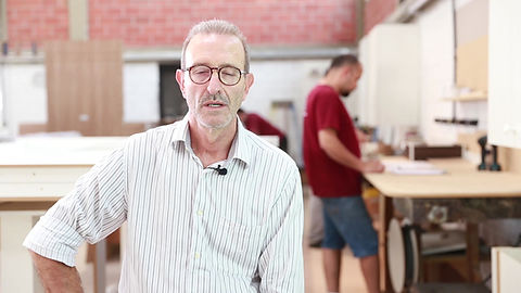 Documentario da historia da Tempo Moveis, empresa de moveis planejados, como inicio sua trajetoria no mercado de Curitiba