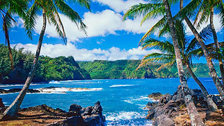 hawaii-beach-yoga-retreat.jpg