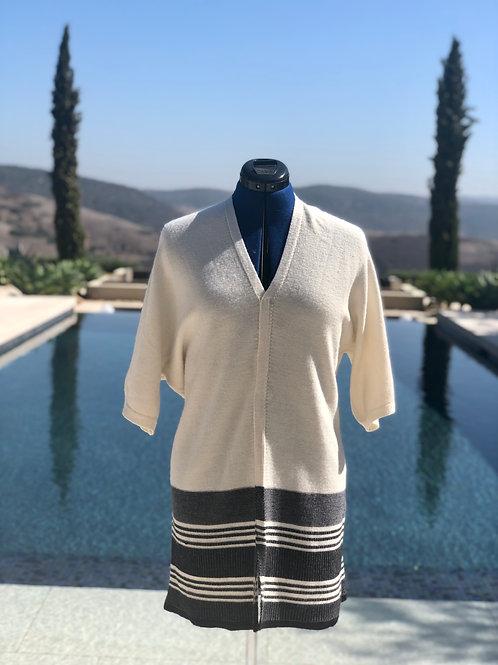 Off-White+Black Trim Kimono Dress