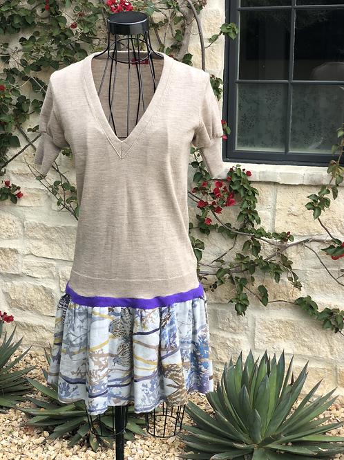 Light Summer Cashmere Dress in Beige & Floral Pattern, Puffed Sleeve/Purple Trim