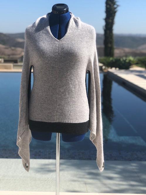 Heather Grey Sweater / Elongated Sleeve+Gun Grey Trim