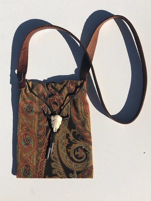 Tribal Print Cross-Body Bag / Leather Strap+Skull Necklace Detail