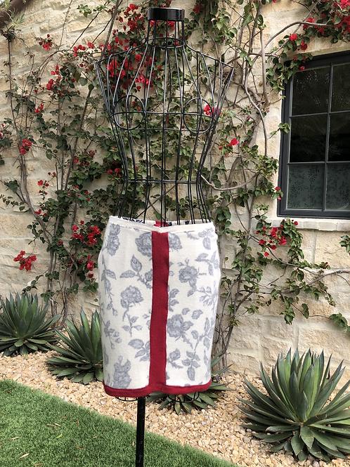 Cashmere Pale Floral Skirt, Burgundy Detail