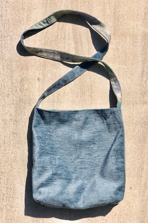 Silver Blue Tote w/Contrast Floral Lining