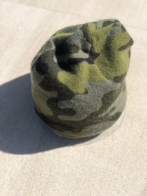 Slouchy Double Layer Cashmere Beanie in Green Camo