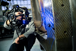 metrascan3d-industrial-scanning-laser3.j
