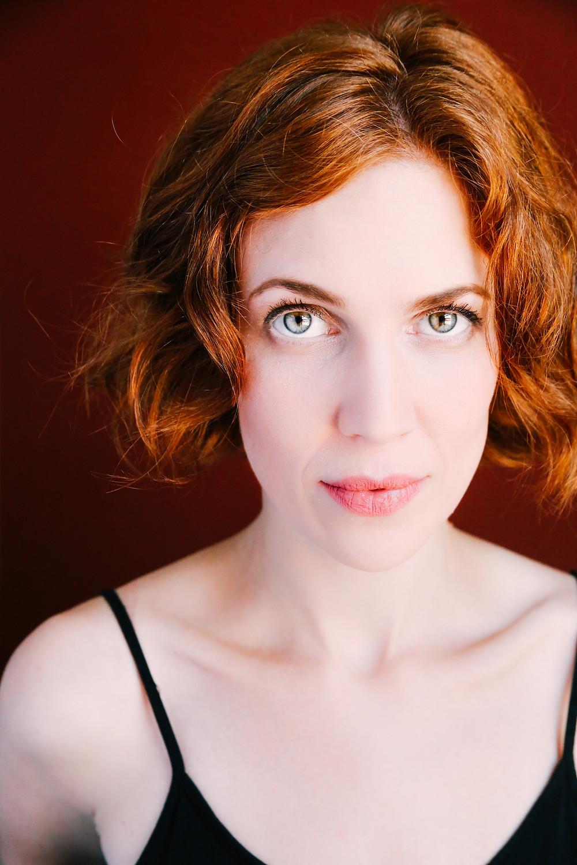 Hannah Chase Headshot