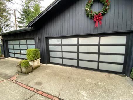 Silver Sparkle Enhances Garage