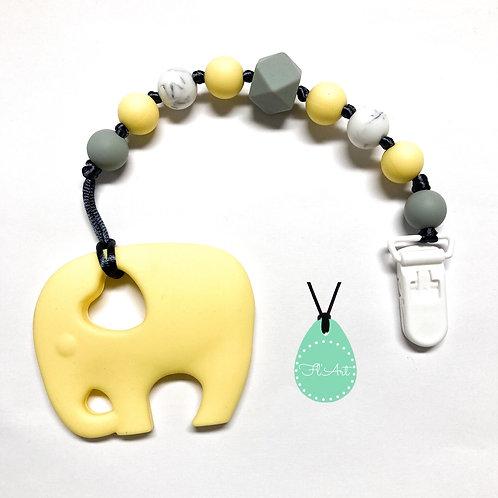 Elefánt 2 in 1 cumi- és rágcsalánc - krém sárga