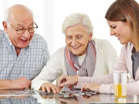 Aposentada portadora de Mal de Alzheimer é isenta do pagamento do Imposto de Renda