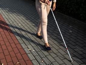 Professora aposentada com cegueira obtém o direito à isenção de pagamento do Imposto de Renda