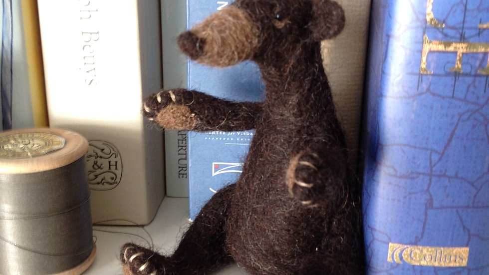 Brown Bear Needle felting kit - great for beginners and improvers
