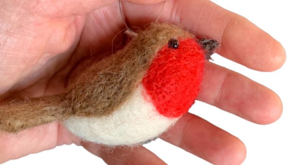 Robin needle felting kit  -   great for nervous beginners