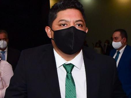 """Integrantes del Gabinete """"no pueden ser burócratas con horarios y descansos"""", asegura RGC"""