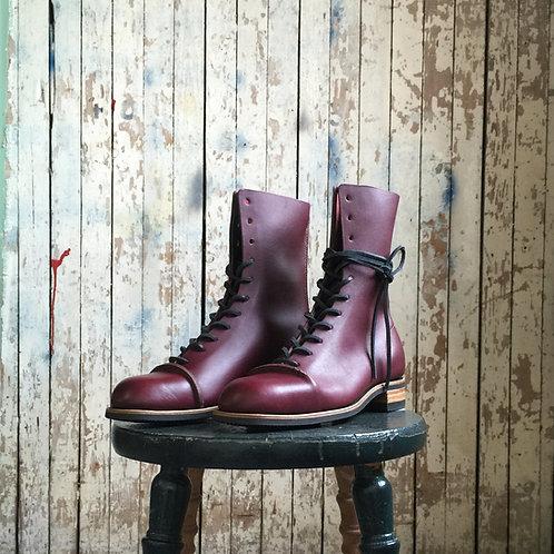 ZEPHYR, Womens 11 Hole Boot