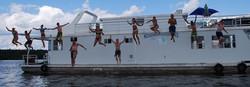 Fun-on-68-houseboat