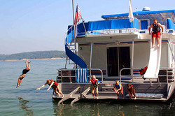 houseboat-5