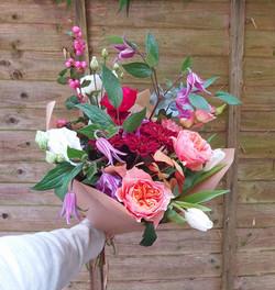 Seasonal Bouquet simply in Paper