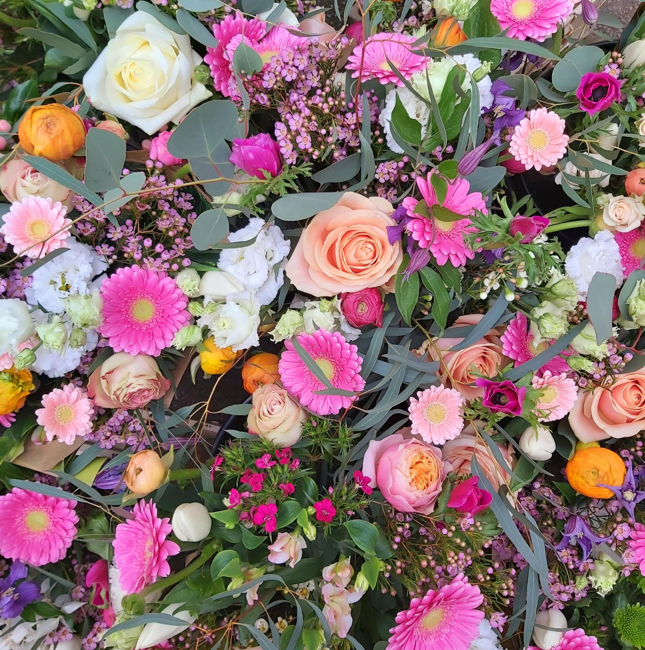 Seasonal Bouquet in a gift bag