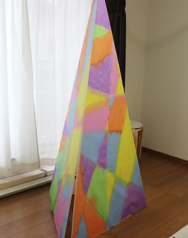 三角錐の塔