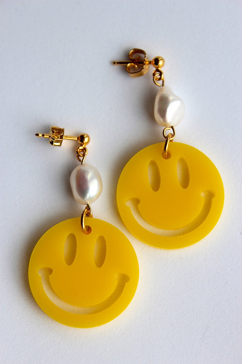 Smiley Pearls