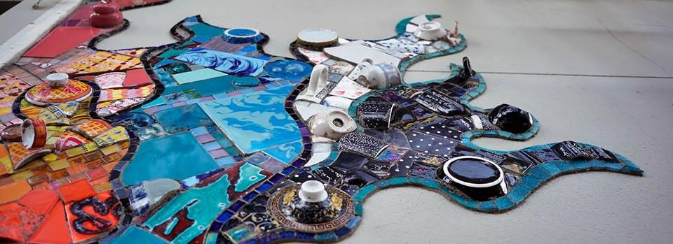 Dominique_Vispo_en_Taller_de_Mosaicos_Dú