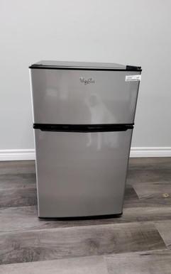 mini fridge.jpg