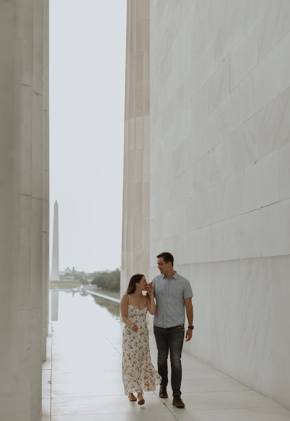 Lincoln memorial Washington dc engagement session
