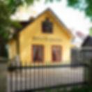 En liten gul pärla sedd från Botaniska Trädgården i Visby.jpg