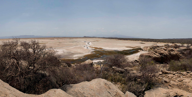 Так выглядит щелочное озеро Эяси в сухой сезон.