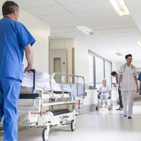 Vaccino anti Covid ai centenari, i sindacati dei pensionati cantano vittoria