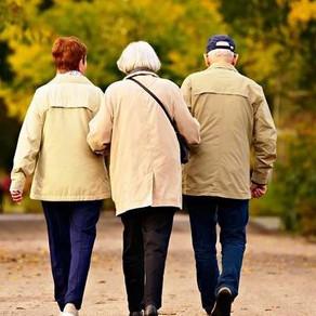 Lockdown per gli anziani, l'ira dei sindacati «Vergogna, questa è segregazione!»