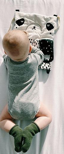 Le tapis d'éveil nouveau né - WeeGallery