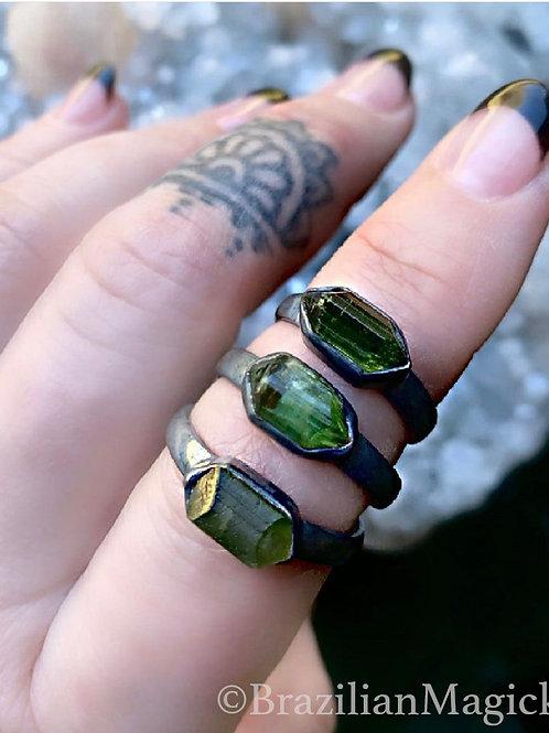 Green Tourmaline Ring | size 7.5