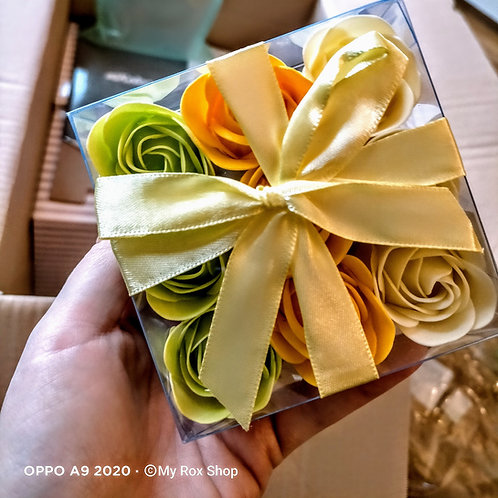 9 mini spring soap rose gift set