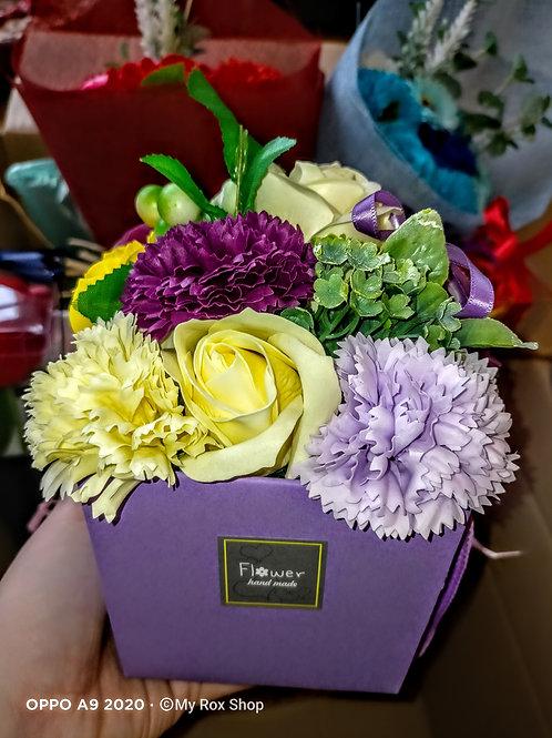 Gift Bag Soap flower bouquet