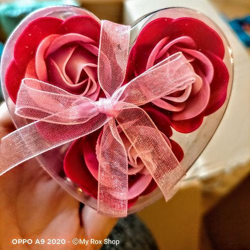 Heart shaped 3 mini soap rose gift set