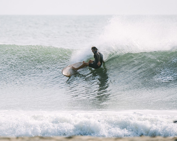 """William Ross on a 5'2"""" Tropical Keel"""