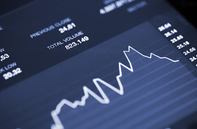 Stock Options: Know When to Hold ´Em