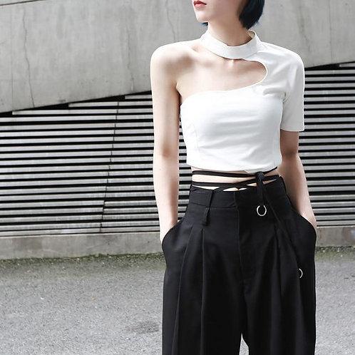 Haruna O-Neck Half Sleeve Backless Tee - White