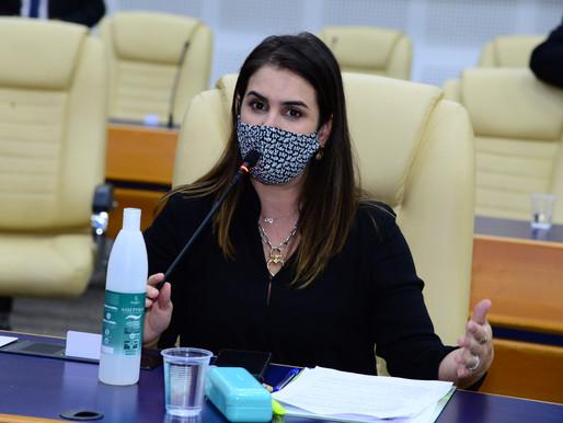 Priscilla Tejota propõe declarar Feira Hippie patrimônio cultural da cidade de Goiânia