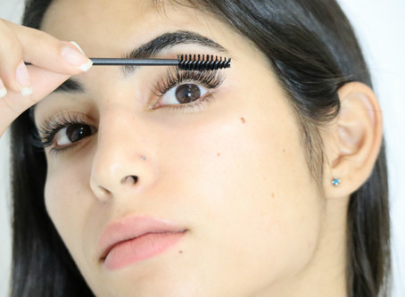 HOW TO CLEAN YOUR LASHES