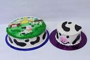 """Cow cake and """"smash"""" cake"""