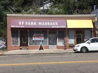 2811 Park Blvd.