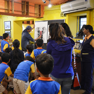 Charcoal workshop for the students of a school at ArtDesh gallery.