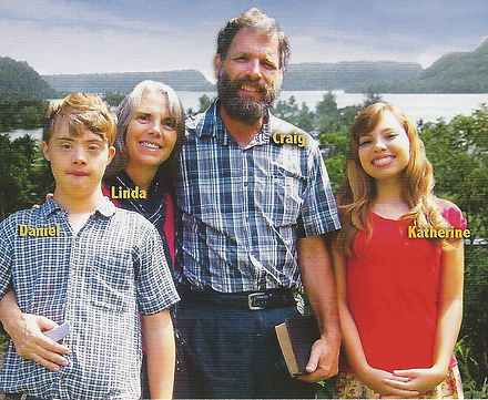 Christian Missionaries in Papua New Guinea - Craig & Linda Throop